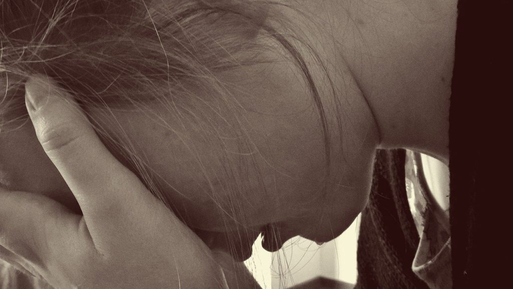woman, desperate, sad